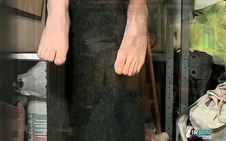 shaggy rod and cummy feet