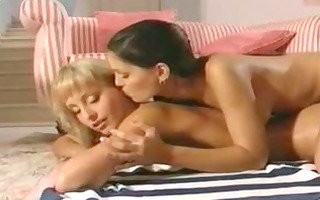 brunette fingering & licking blond