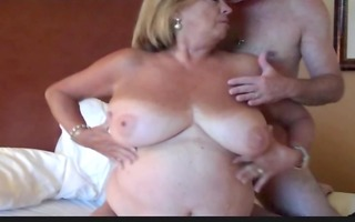 busty older big beautiful woman martiddds shares