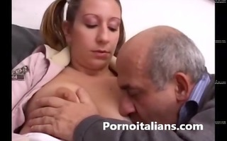 italian angel receives her cunt licked by