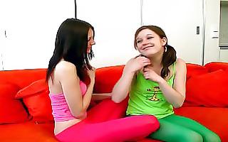 lesbo teens