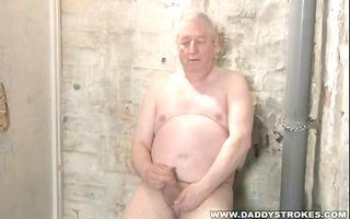 plump silverdaddy jerking off