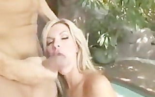 hawt blond d like to fuck screwed non-professional
