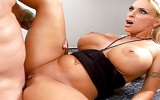 longlegs golden-haired d like to fuck with large
