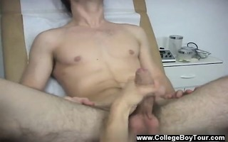 homo fuckfest giving me a blow job, he is worked