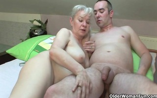 hawt grannies who most like younger dudes for sex