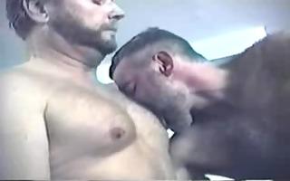 boyz on the prowl (full clip)