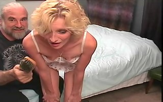 slinky blonde mother id like to fuck gets a hard