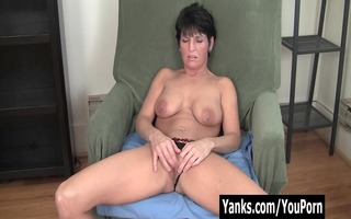 pierced d like to fuck kassandra masturbating