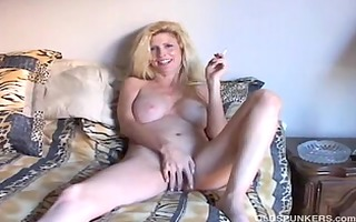 gorgeous blonde mother id like to fuck enjoys a