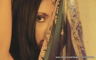 glamorous indian babe
