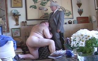 bulky sucks grand-dad