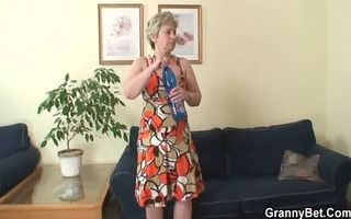 lonely 38 years old granny swallows large wang