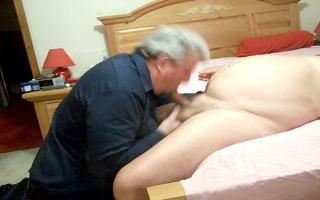 chunky dad bears engulfing