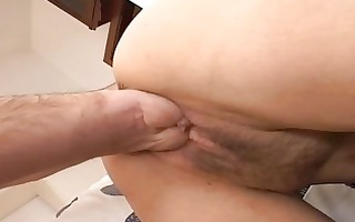fisting my beautfiul wife on the bigbed