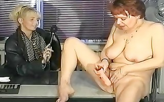 german interviewer helps mother i masturbate clip