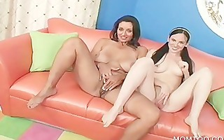 mamma and daughter engulfing dick