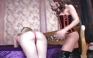 sexy lesbo ariel summers acquires her fur pie