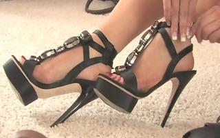 foot & high heels fetish solo ( viola feet)