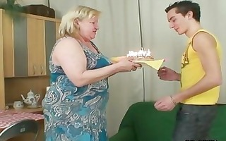 wife comes in when her biggest mother rides my
