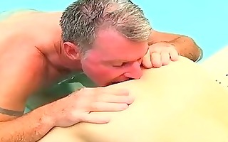 undressed guys brett anderson is one lucky daddy,