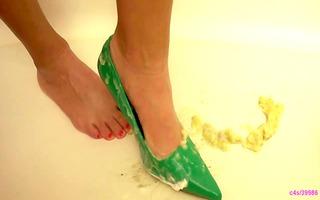 bella green heels food crush preview