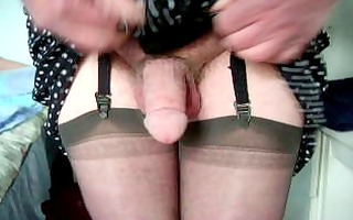 aged cd wanks in dress and nylons