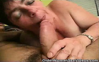 mature woman sucks on younger dudes weenie