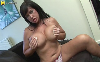 hot british mother id like to fuck acquires her