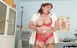 breasty dilettante grandma spunk flow sex-toy