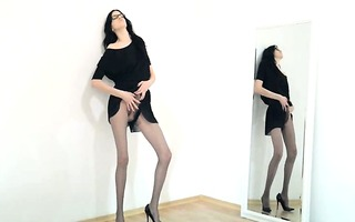 sexy 15yo angel posing in front of mirorr