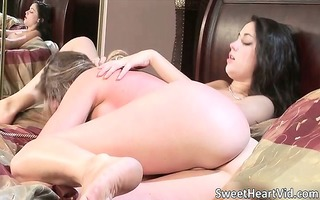 great lesbo sex with muff licking part9
