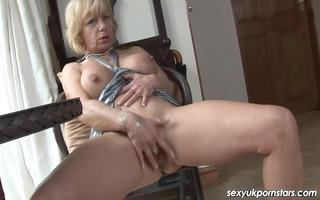 mature uk pornstar jane bond boffs her bawdy