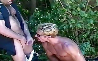 homo sex outdoor