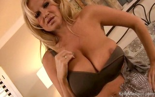 large titted d like to fuck shows whos the boss