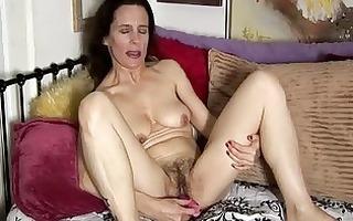 aged non-professional has a hirsute vagina