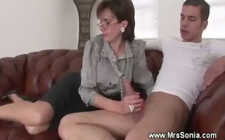 cuckolds wife tugs younger penis