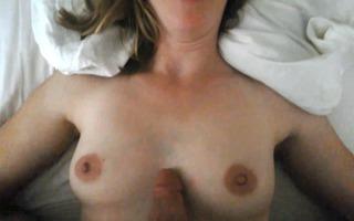 amateur wife oral-stimulation