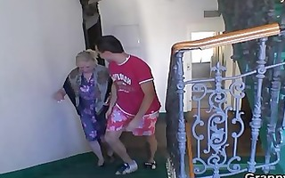 granny acquires banged by an juvenile pickuper