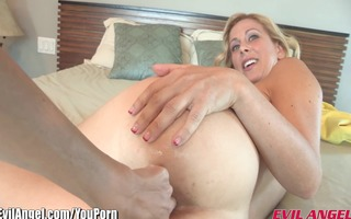 evilangel lesbo mother i cherie deville a-hole