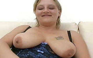 bulky non-professional d like to fuck sucks and