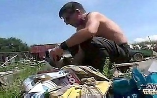 legal age teenager fuck grandpa in garbage
