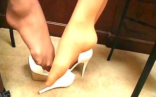 lesbo feet worship