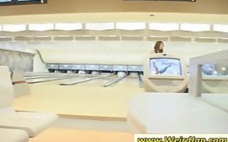 oriental hoes playing bowling
