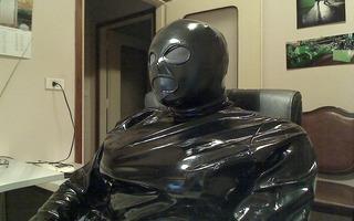 fetish costume e mask