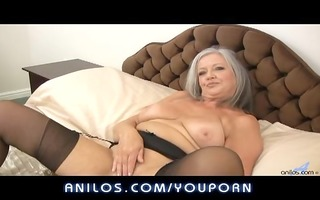 sexy bulky granny bonks her soaked gap