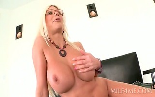 breasty d like to fuck flashing her hairless
