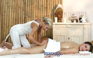 massage rooms cute british lesbian has g-spot