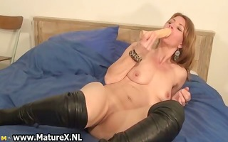 sexually excited slender housewife is inserting