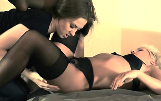 darkhair sweetheart receives drilled with thong on